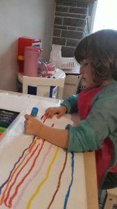 Jolien creatief met de Paintsticks!