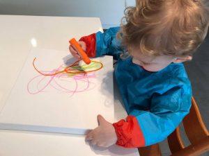 Wannes superblij met zijn Paintsticks!